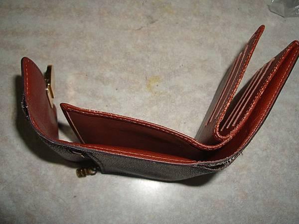皮夾包邊修補-修理前的照片-1