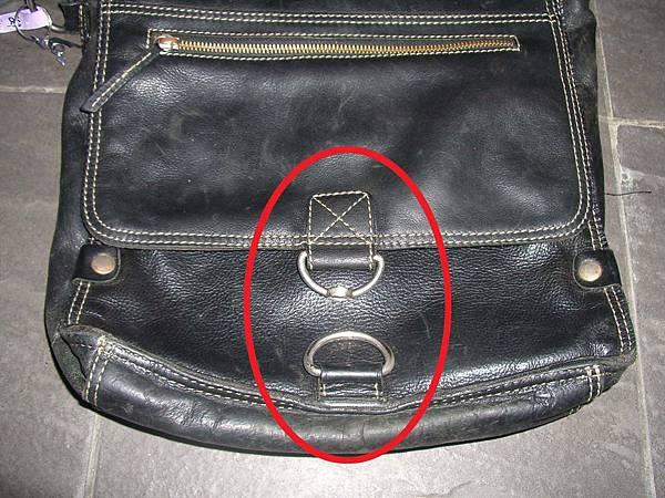 皮包五金釦環斷裂