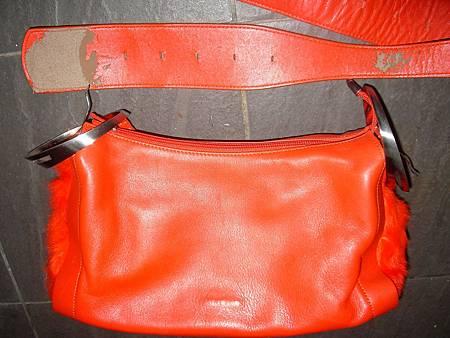 皮包揹帶皮料老舊脫皮的更新-重新製作新揹帶
