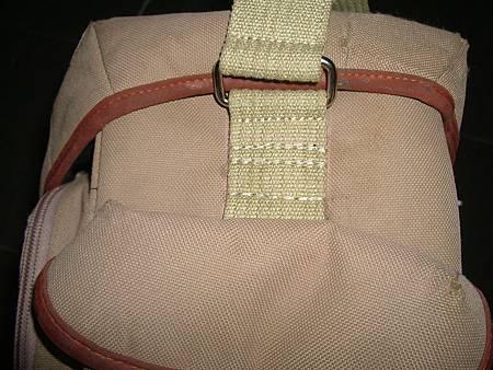 包包揹帶釦環斷裂