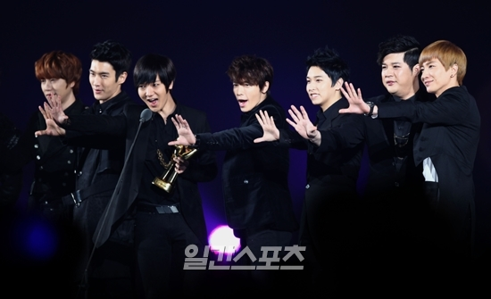 Popularity Award20120111202932691.jpg