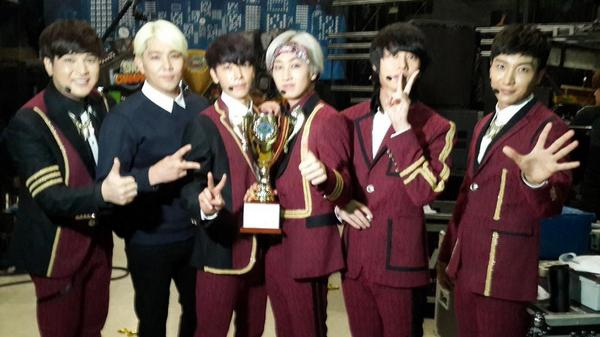 140910 showchampion1 Twitter