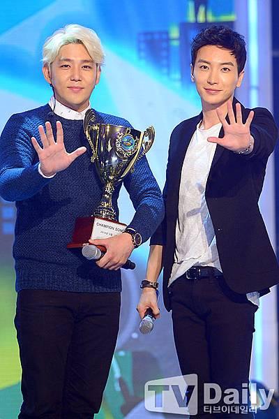 140917 Show ChampionWin2