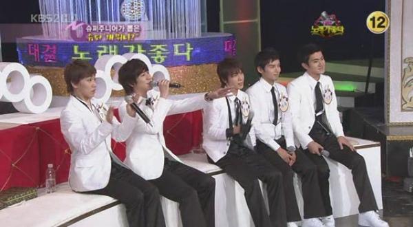 090402.KBS2.对决!唱歌真好.SUJU CB特辑 無中字[(054177)13-16-45].JPG