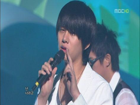 090530 MBC.Show!MusicCore.SJ.ItsYou -1[(005167)15-02-29].JPG