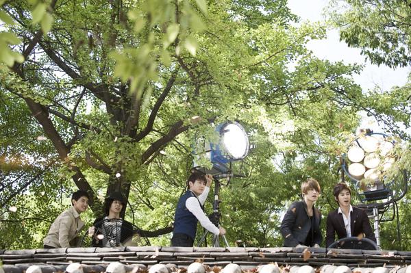TVXQ首爾宣傳片07.jpg