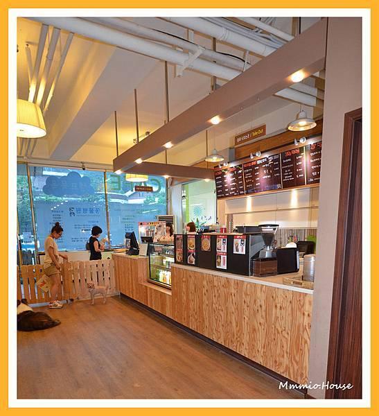 複合式咖啡廳