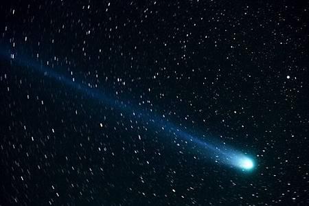 比預期亮百倍!北半球有望看見罕見綠彗星GV12
