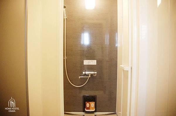 淋浴2.jpg