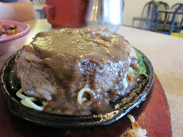 牛排鐵板麵