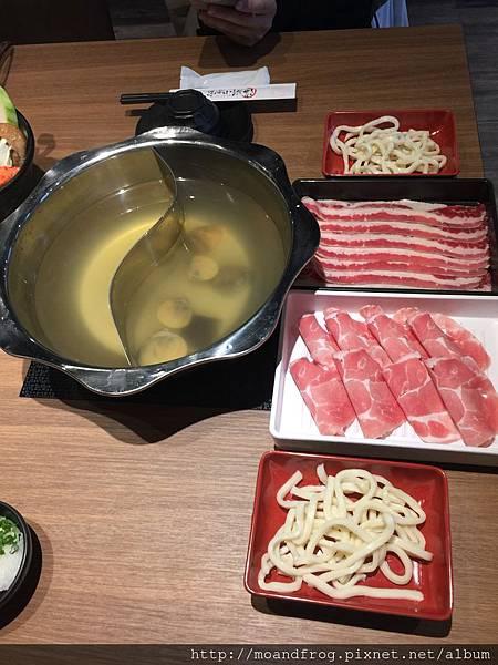 藍龍蝦雙人套餐附餐肉盤
