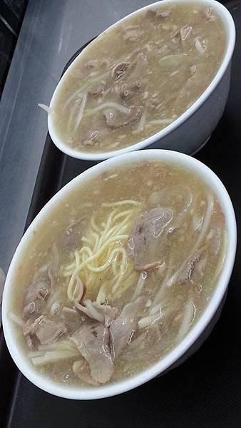 三重美食_北港龍門生炒鴨肉焿