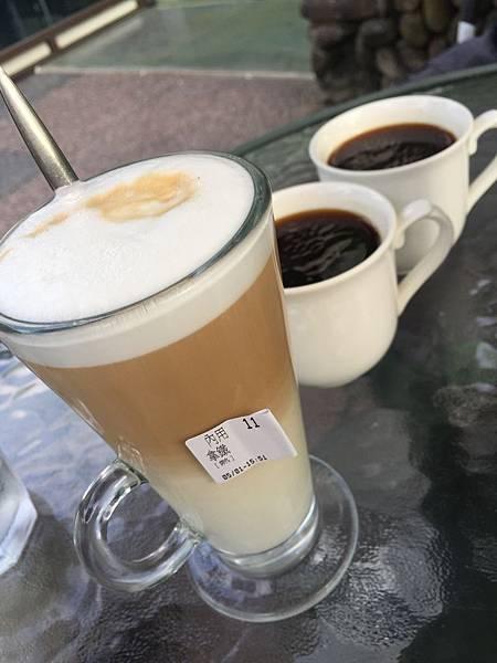 20170501 雙溪 玻璃杯裝熱拿鐵