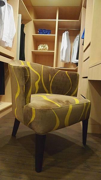 訂製款-伊諾芥末綠波浪紋單椅-樺木染色+高密度泡棉+進口布花.jpg