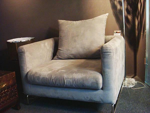 現代風華-單人灰色布沙發-雞皮絨布+不鏽鋼鐵管+高密度泡棉.jpg