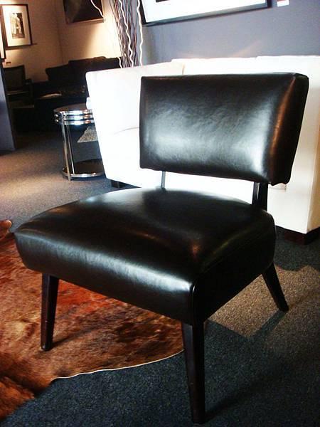 訂製款-雅典風情巧克力樺木休閒椅(黑)-樺木染色+高密度泡棉+厚度1.35mm進口乳膠皮.jpg