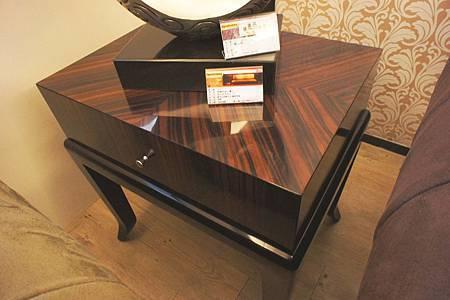 黑檀亮面小邊几(黑檀)-實木貼黑檀木皮+鋼琴烤漆.jpg