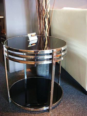 蘿絲圓型玻璃小茶几(桌面黑色+桌腳白)---10MM強化黑色烤漆玻璃+不鏽鋼鐵管.jpg