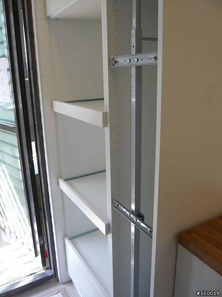 系統櫃安裝~集成材台面安裝~崁燈安裝2.jpg
