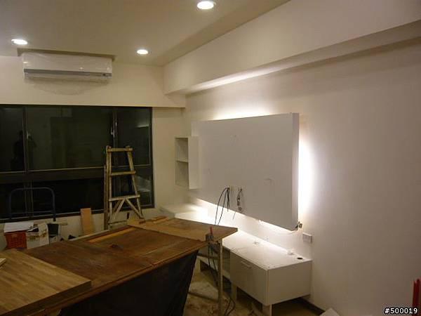 系統櫃安裝~集成材台面安裝~崁燈安裝5.jpg