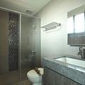 3F_小孩房浴室2.JPG