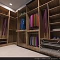 更衣室.jpg