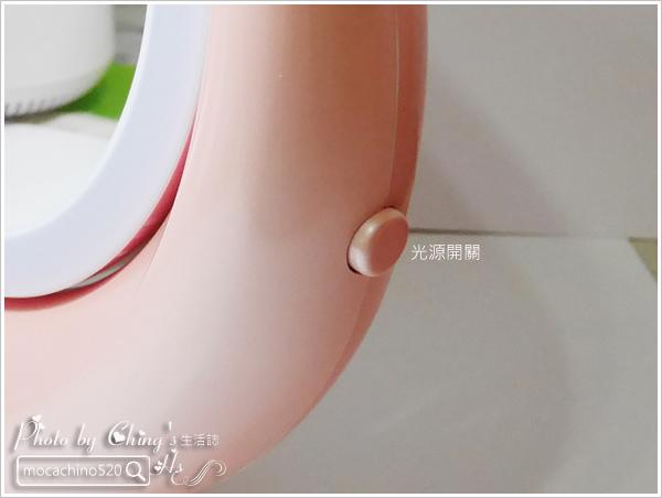 化妝台上的必備精品。YUWA。自然光化妝鏡燈。開箱新體驗 (7).jpg