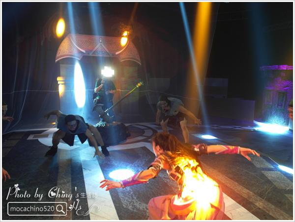 真人實境遊戲體驗。暗黑黎明2。觸電。手遊也能真實體驗 (12).jpg