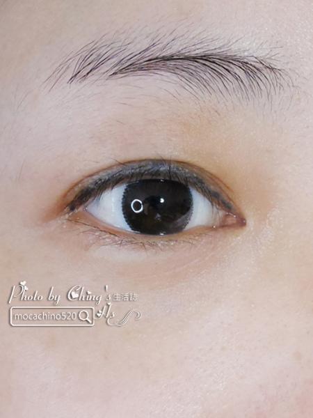 不要讓眼周輕易洩漏你的年齡。DEPAS全效修護眼霜。眼霜保養品推薦 (13).jpg