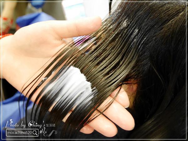 一刀剪掉你的年齡。士林天母髮廊推薦。VIF Hair Salon。Ivan設計師。讓髮型幫你減減齡 (18).jpg