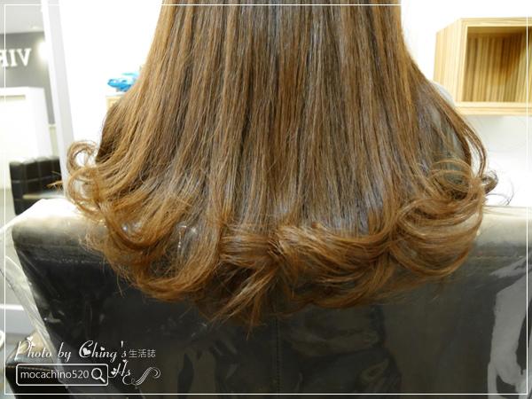一刀剪掉你的年齡。士林天母髮廊推薦。VIF Hair Salon。Ivan設計師。讓髮型幫你減減齡 (24).jpg
