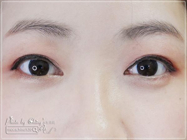 不接睫毛也能擁有迷人電眼。我的眼睛放大術。dejavu放肆驚艷超長進化版睫毛膏+就是不暈持久極細毛筆型眼線液 (9).jpg