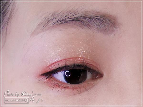 眼妝分享,溫柔 vs 魅惑,喜歡哪一種 ETUDE HOUSE 行雲畫手斜角眼線液筆 (10).jpg