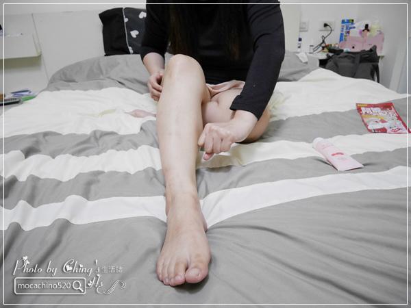 睡前的腿部保養,擺脫腫腫腿的祕方。阿嬤的配方 紅豆薏仁美腿精華按摩霜 (10).jpg
