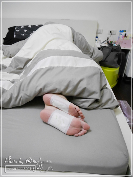 睡前的腿部保養,擺脫腫腫腿的祕方。阿嬤的配方 紅豆薏仁美腿精華按摩霜 (15).jpg
