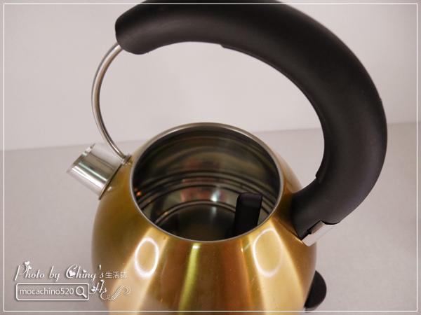 小家庭必備。Midea美的 1.7L 雙層防燙不繡鋼快煮壺 (5).jpg