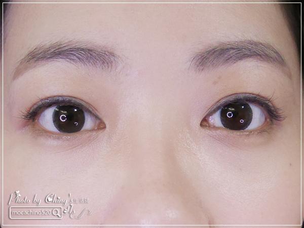 眼睛放大術。質感系眼妝分享。KATE凱婷 奢光燦魅眼影盒、進化版持久液體眼線筆EX (4).jpg