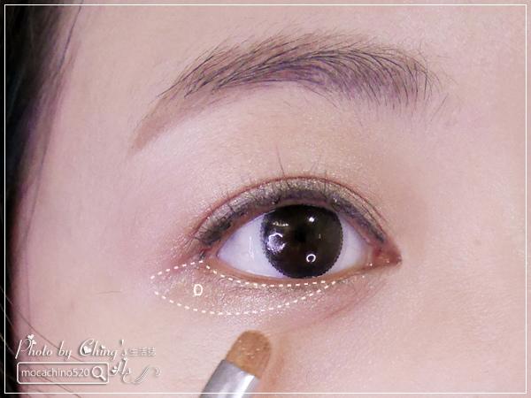 眼睛放大術。質感系眼妝分享。KATE凱婷 奢光燦魅眼影盒、進化版持久液體眼線筆EX (7).jpg