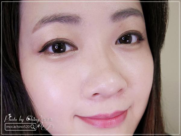 眼睛放大術。質感系眼妝分享。KATE凱婷 奢光燦魅眼影盒、進化版持久液體眼線筆EX (12).jpg