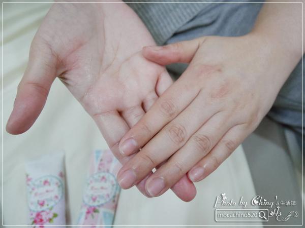 還我纖纖玉手,居家香氛手部保養。韓國 EVAS 玫瑰花園香水洗手乳、玫瑰香水護手霜 (14).jpg