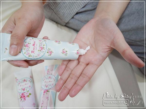 還我纖纖玉手,居家香氛手部保養。韓國 EVAS 玫瑰花園香水洗手乳、玫瑰香水護手霜 (12).jpg