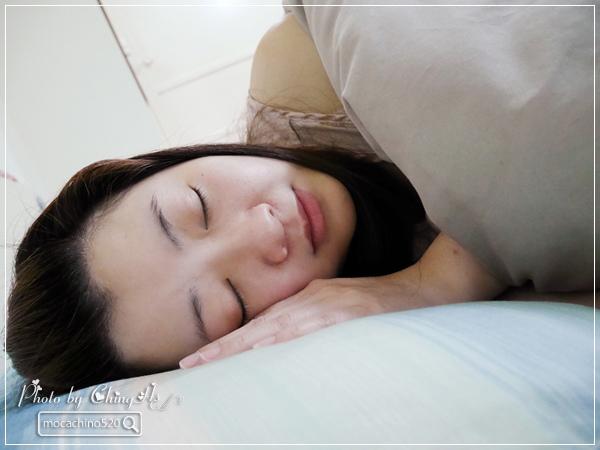 選對枕頭讓我一夜好眠,居家小物分享。GreySa格蕾莎 熟眠記形枕,枕頭推薦 (10).jpg