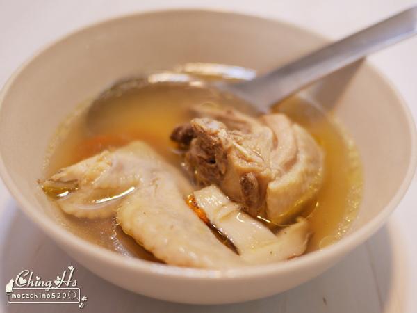 劉主廚不專業料理教室,夏天也需要溫補,胡椒香菇雞湯 食譜分享 (1).jpg