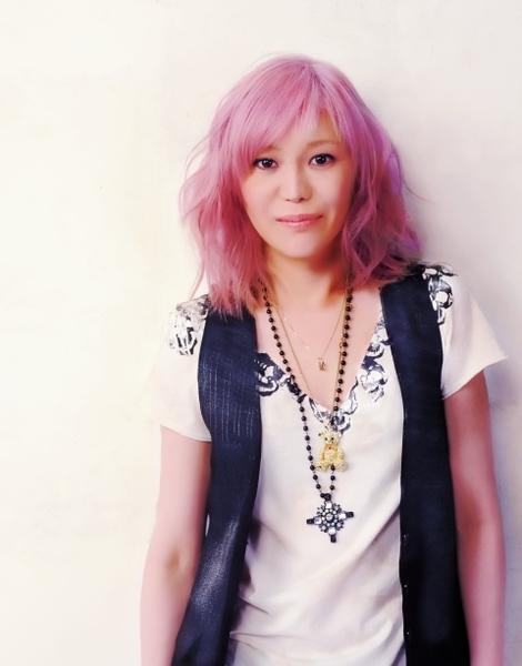 地球樂團女主唱KEKIO.jpg