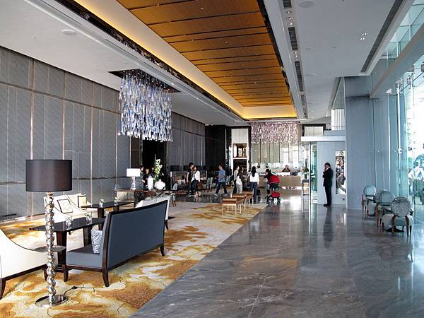 The_Ritz-Carlton_Hong_Kong_Level_9_Lobby