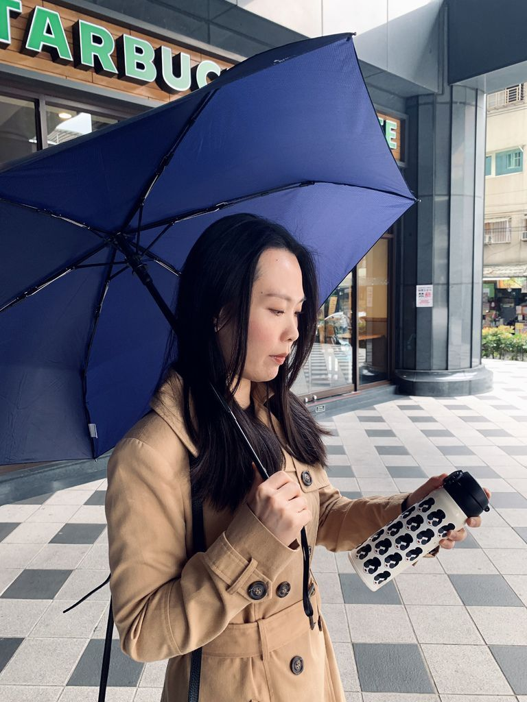 A.Brolly亞伯尼TubeAuto防撞自動傘17.jpg