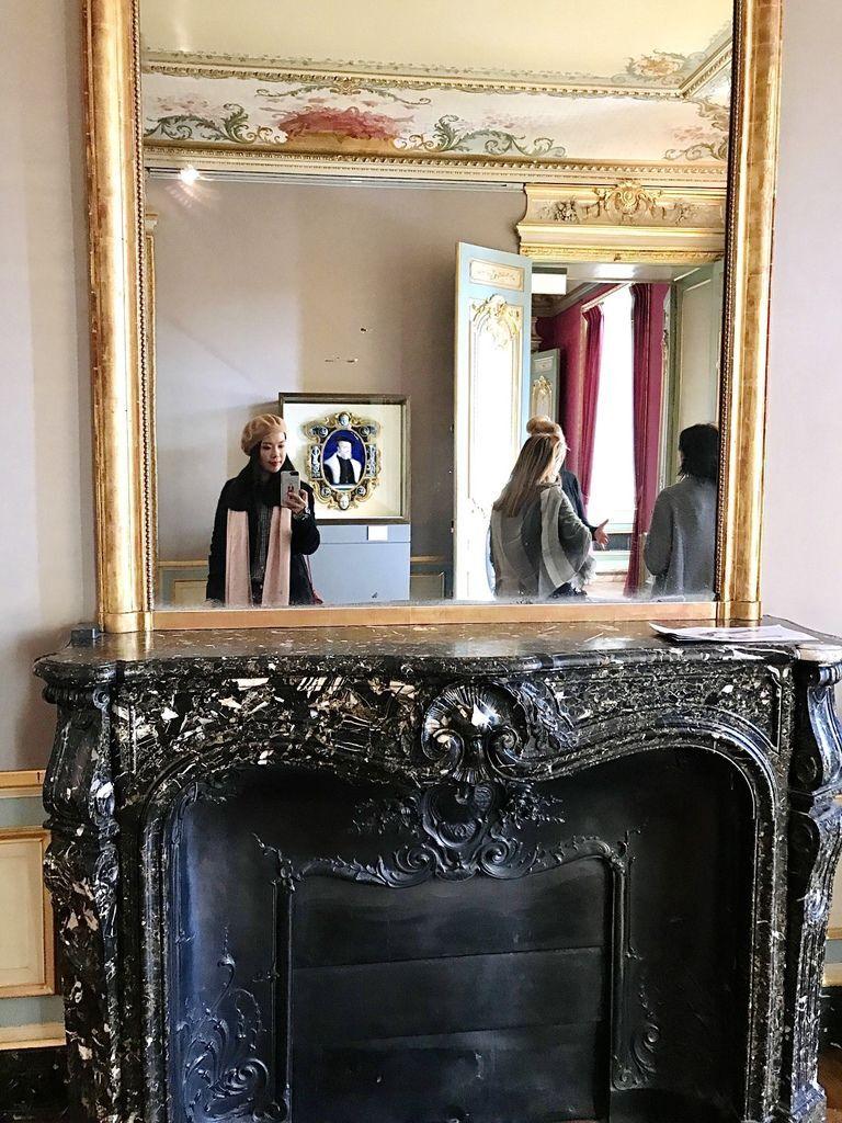 巴黎羅浮宮自拍6.JPG