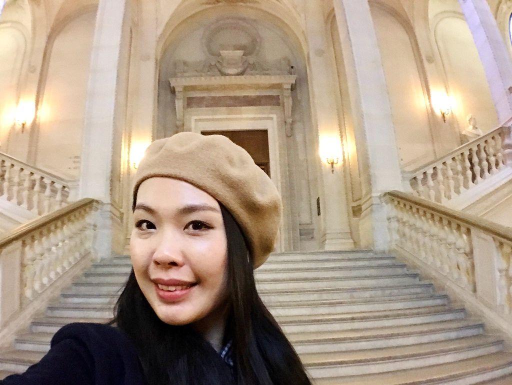 巴黎羅浮宮自拍3.JPG