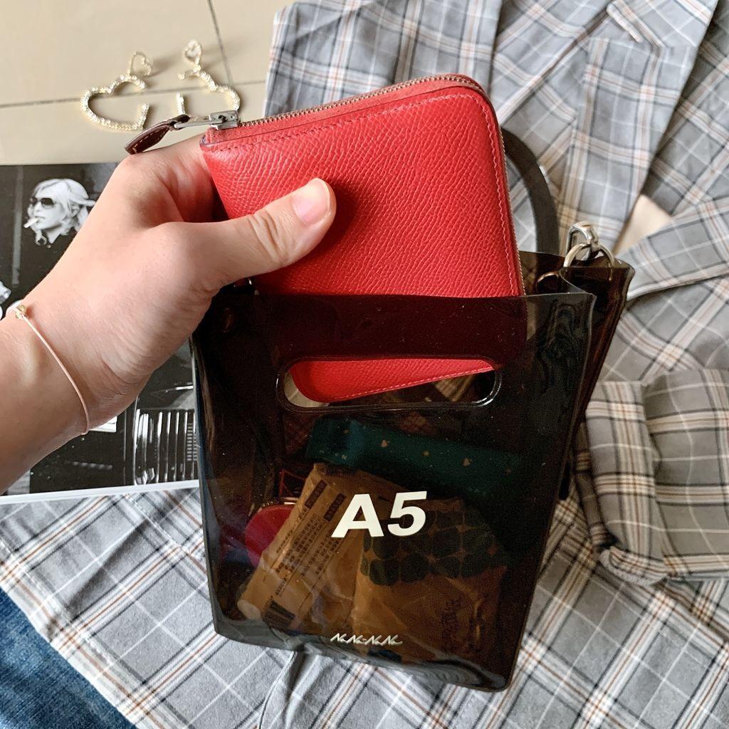 Hermes愛馬仕絲巾短夾Silk in wallet27.jpg