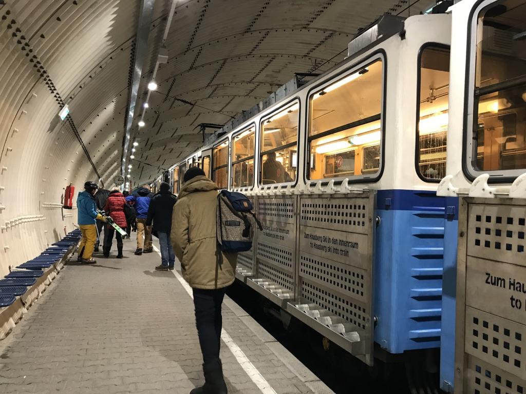 德國最高峰|楚格峰Zugspitze|齒軌列車|冰川平台|交通.jpg